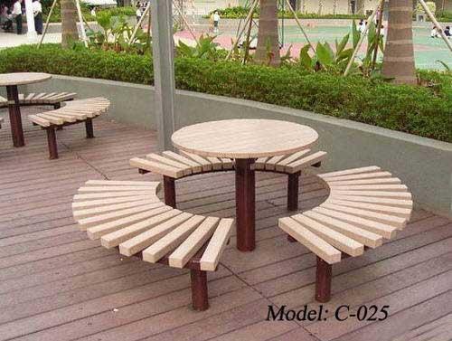 desain interior meja luar ruangan